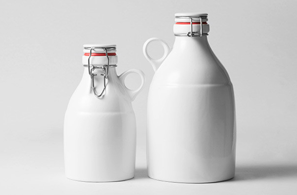 Ceramic 64oz Beer Growler